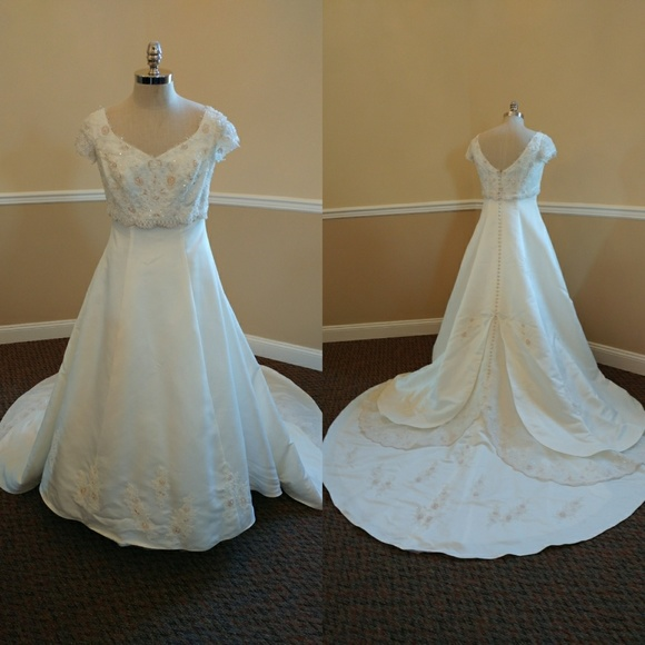 Mary's Bridal Dresses & Skirts - Mary's Bridal Moda Bella Ivory wedding dress (14)
